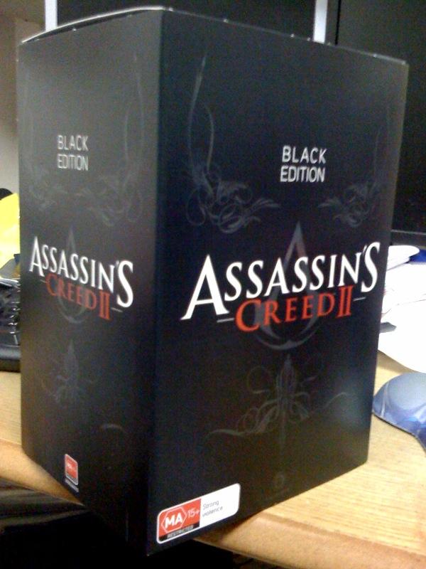 ac2_unboxing_black_collectors_edition_box_2